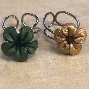 Jewelry - Leather flower rings
